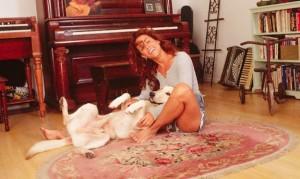 Sheryl i jej pies.
