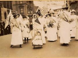 Sufrażystki w Nowym jorku, 1912 rok. Żródło: Wikimedia Commons